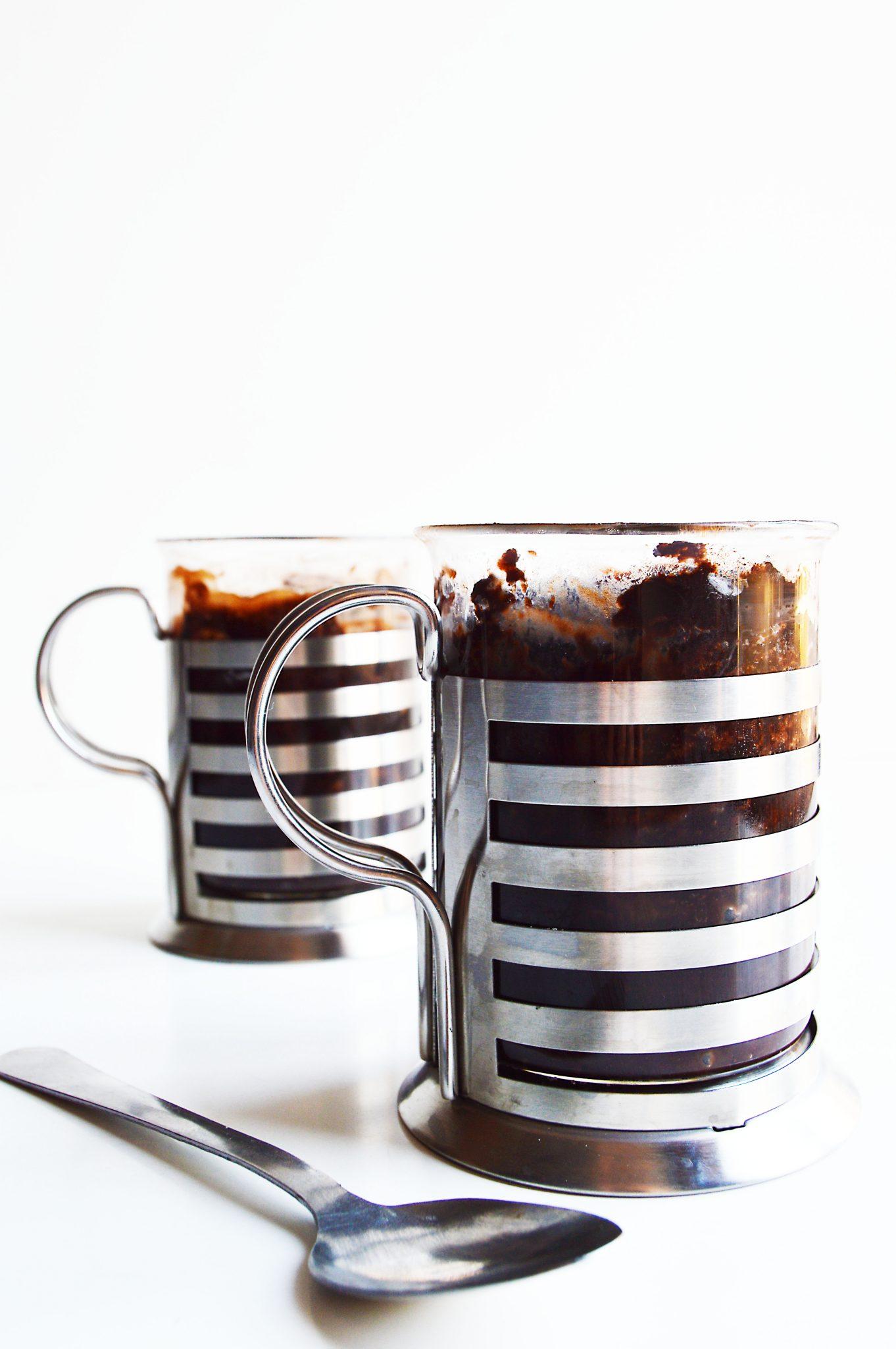 1 Minute Vegan Peanut Butter Microwave Brownies in a Mug
