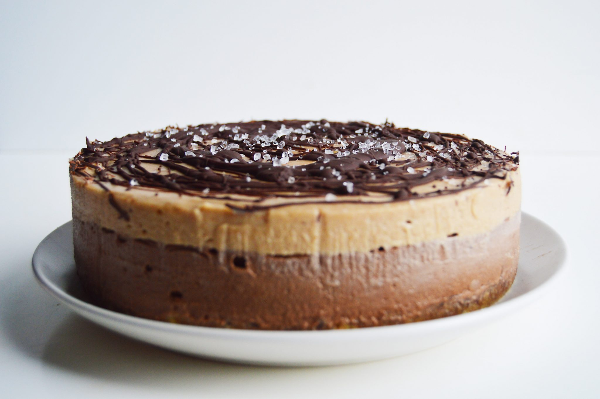 Easy Chocolate Salted Caramel Cake