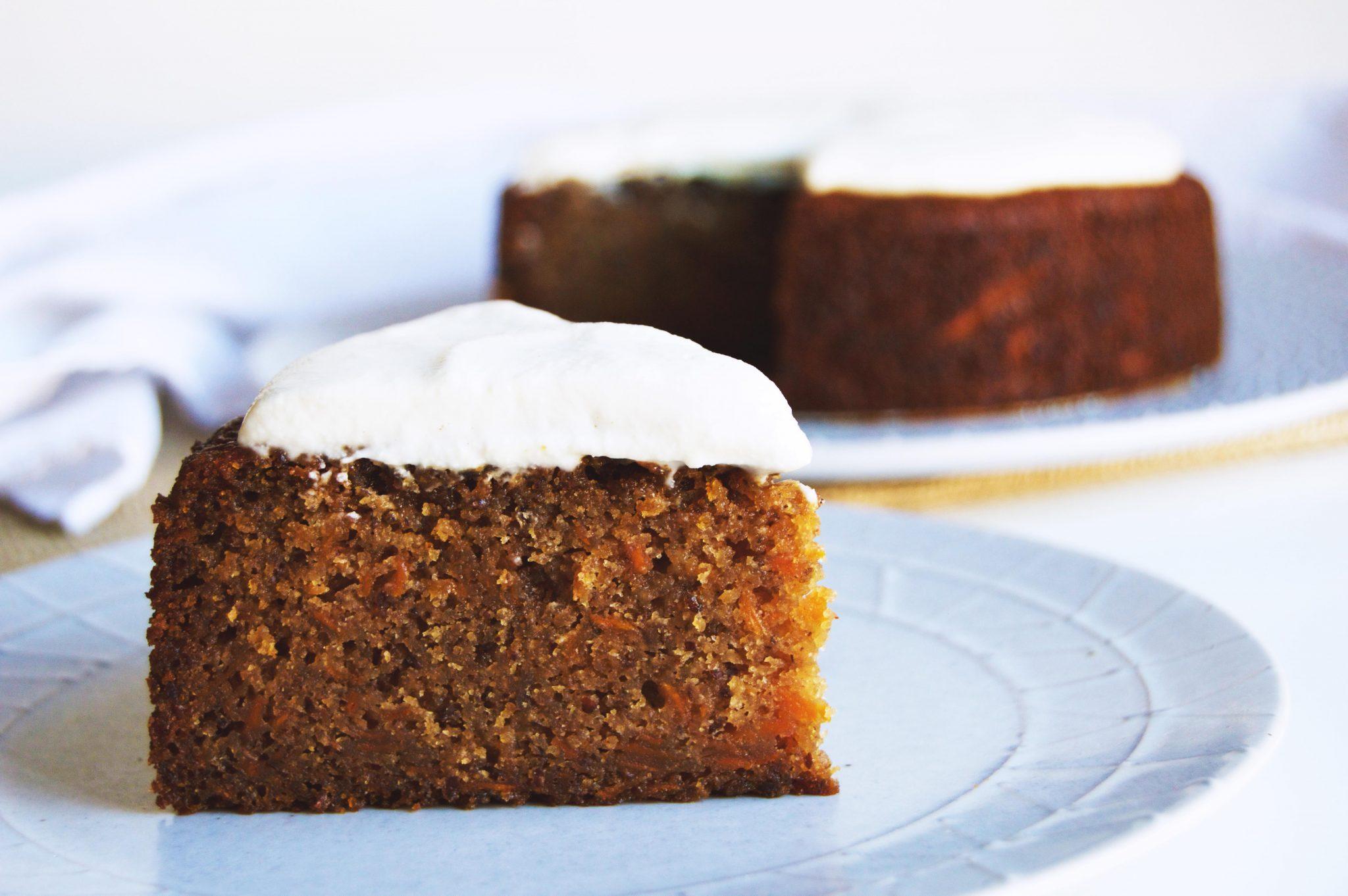 vegan spiced carrot cake gluten free cakes cupcakes dessert summer
