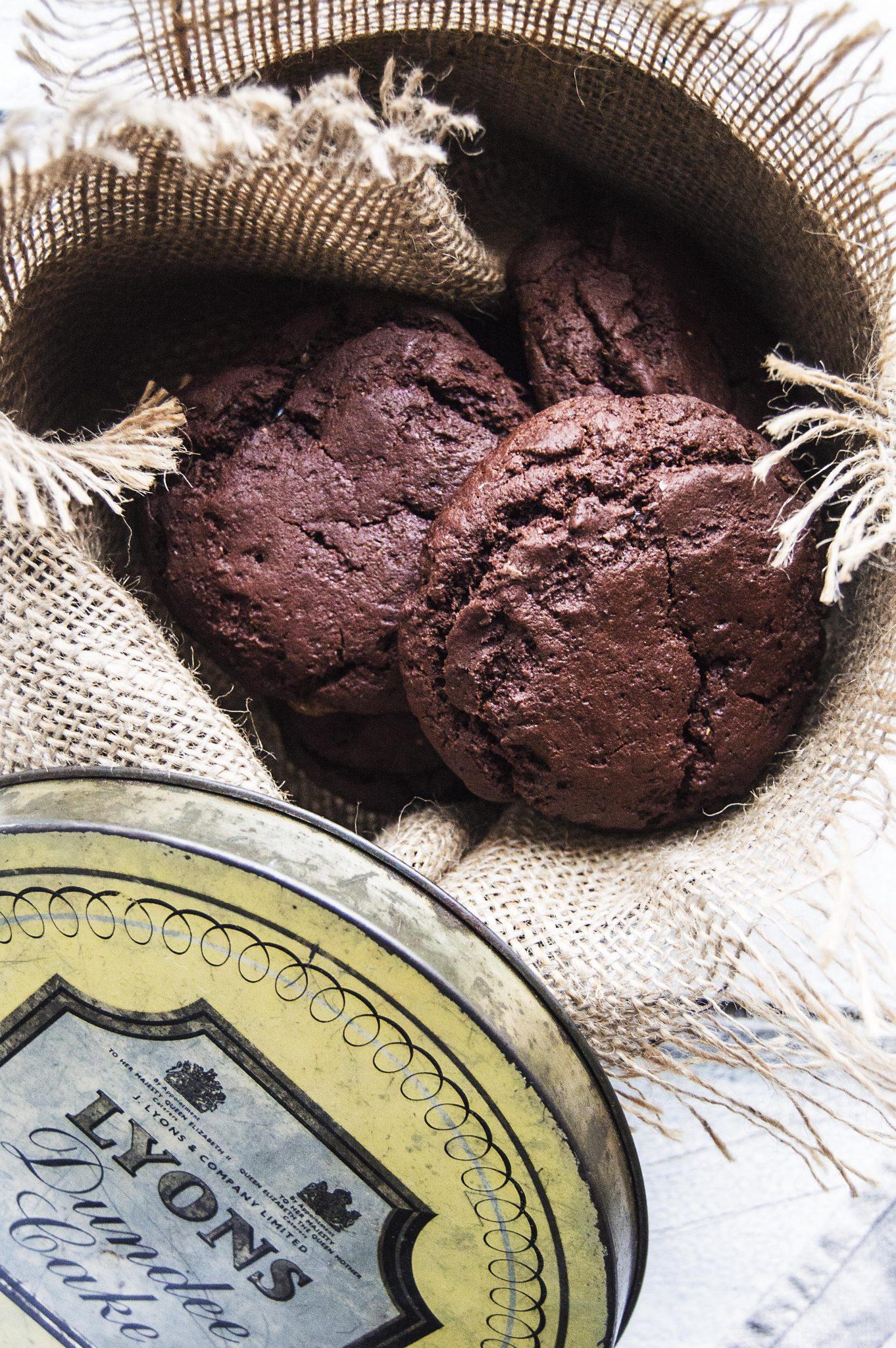 Salted Caramel Stuffed Chocolate Fudge Cookies