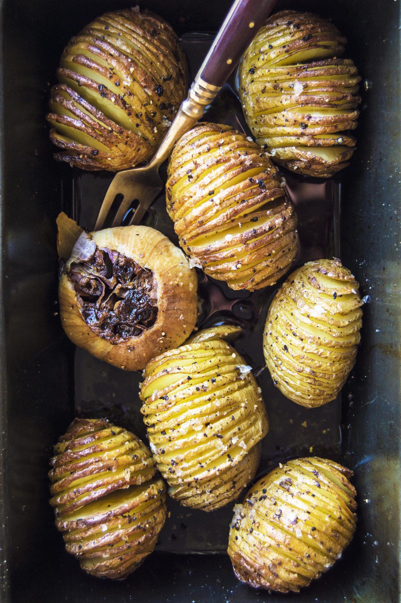 Vegan Maple Glazed Hasselback Potatoes