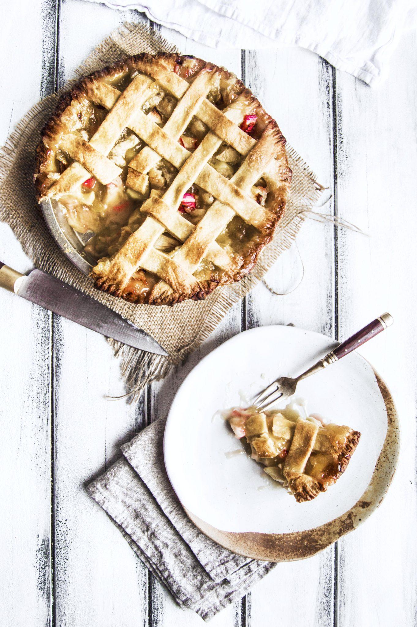 Vegan Apple Rhubarb Pie