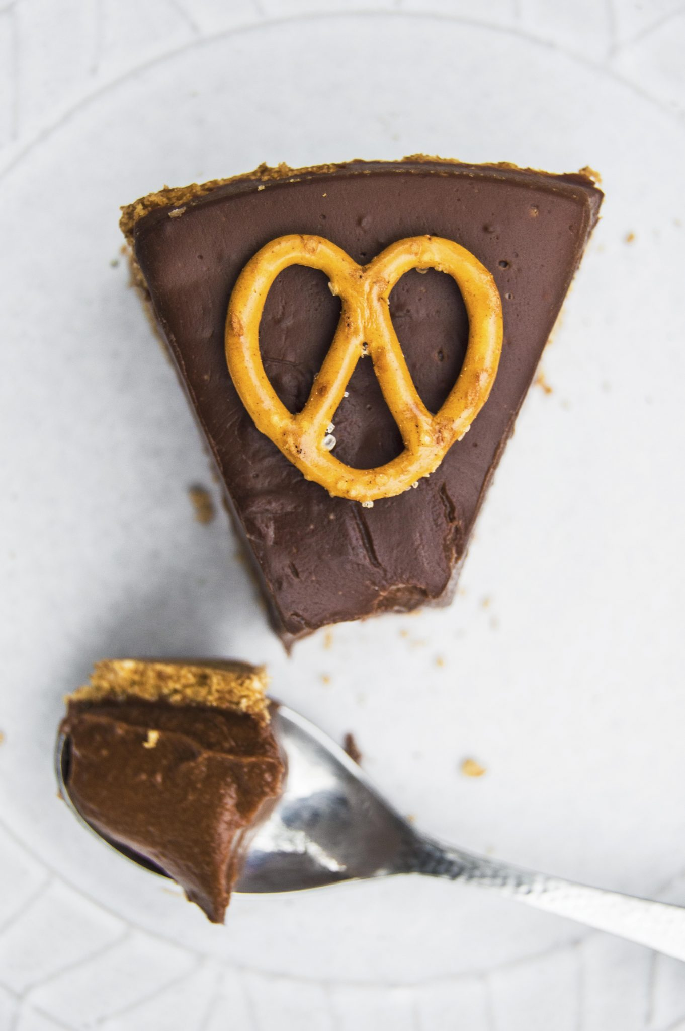 Vegan Chocolate Pie With Pretzel Crust