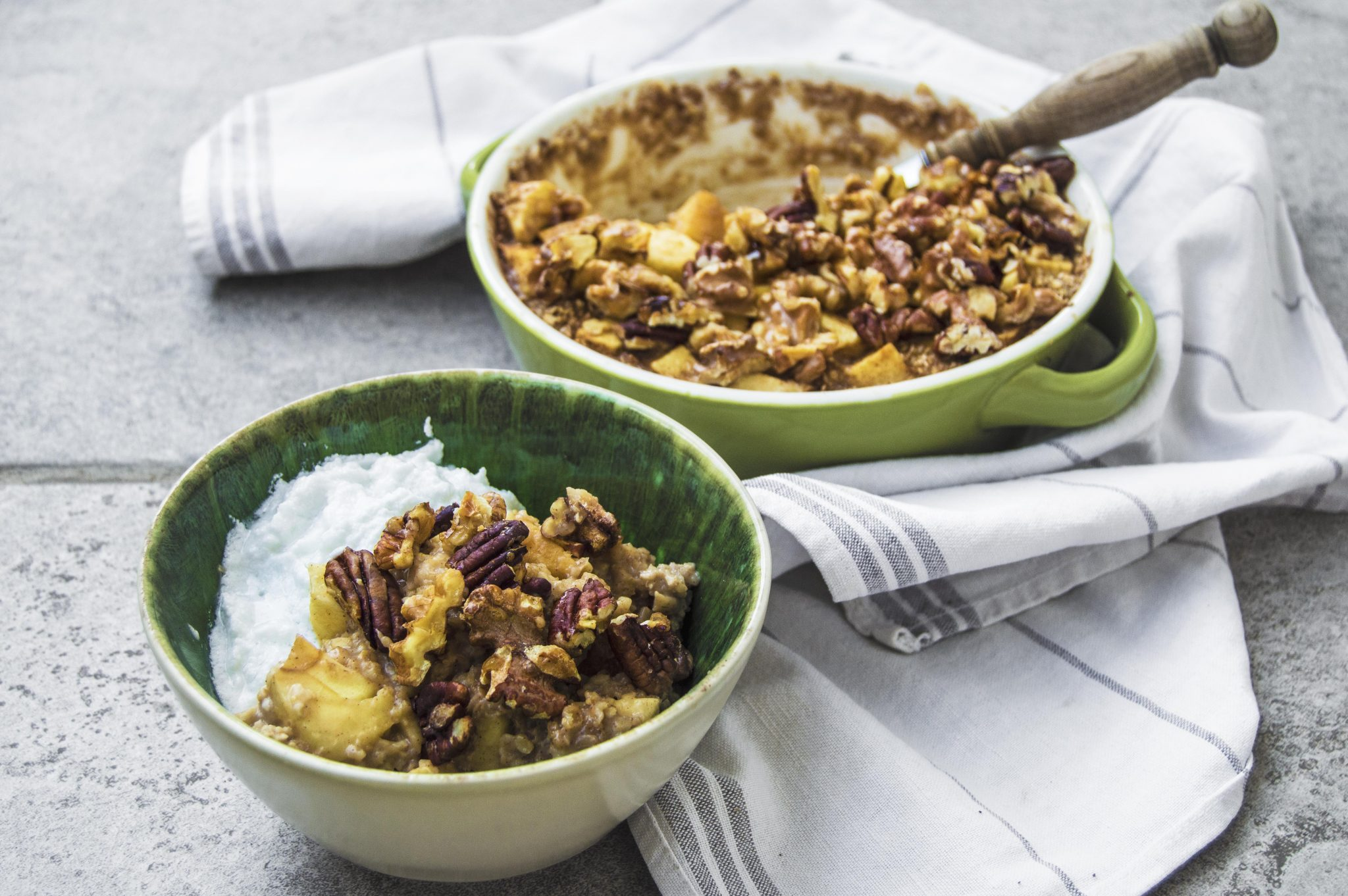Vegan Baked Apple Pie Porridge