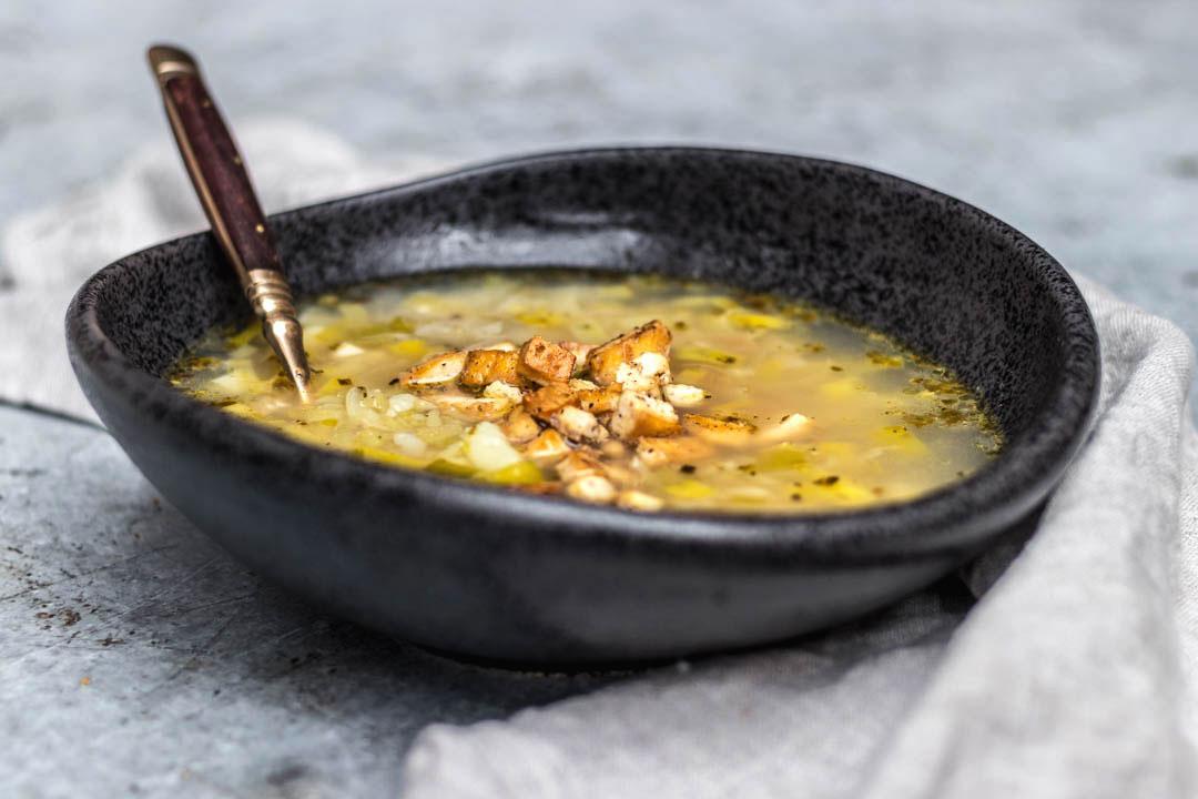 Vegan German Leek Potato Soup