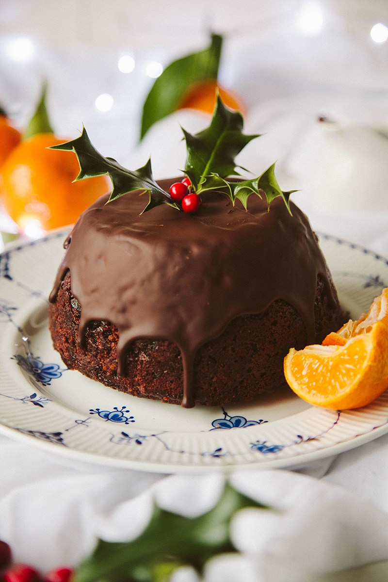 25 Delicious Vegan Festive Holiday Desserts