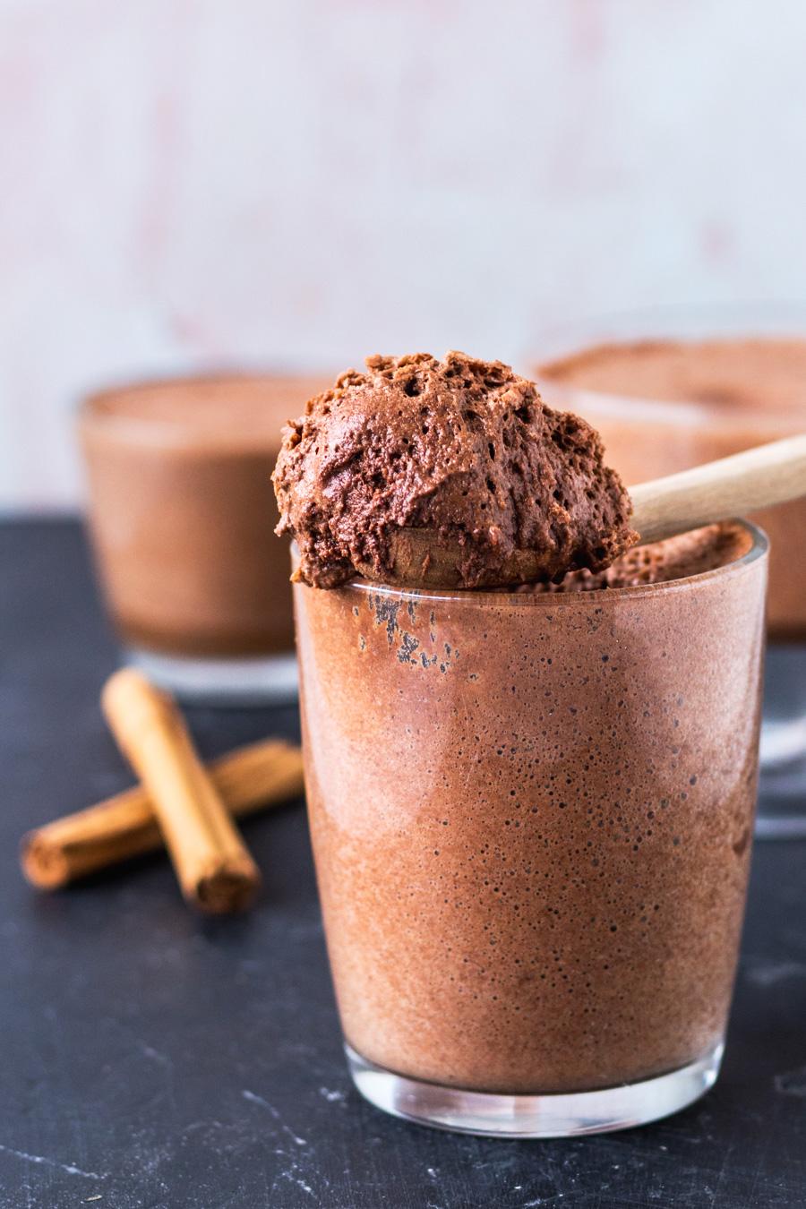 Easy Vegan Aquafaba Chocolate Mousse